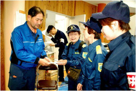 左から、西村博則益城町長、高瀬菜穂子県議、山口律子県議、しばた雅子参院選挙区候補